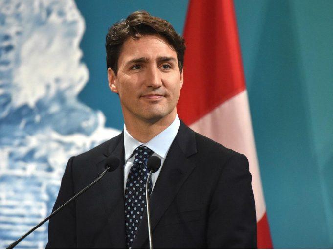 """Justin Trudeau demonstra acidentalmente porque homens não devem se chamar de """"feministas"""""""