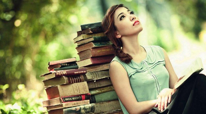 A leitura feminista realmente pode ajudar a vencer a anorexia. Funcionou comigo.