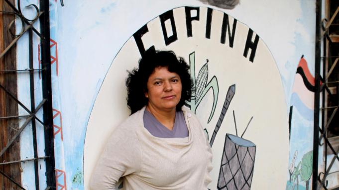 Homenagem a Berta Cáceres