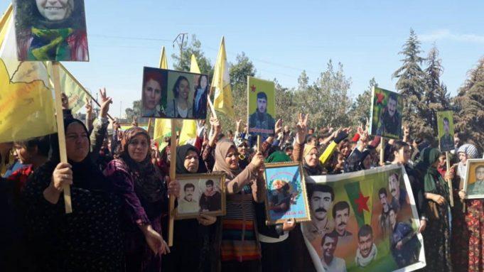 Como as mulheres sírias estão resistindo
